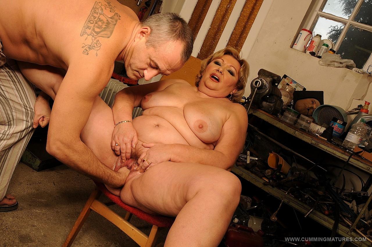 Секс со старъми толстъми бабками